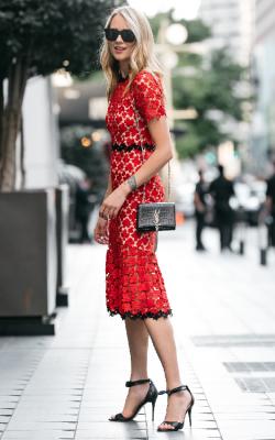 Длинное платье с кружевом 22