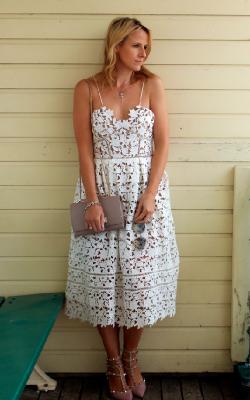 Длинное платье с кружевом 17
