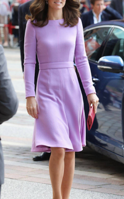 Фиолетовое платье фото 18