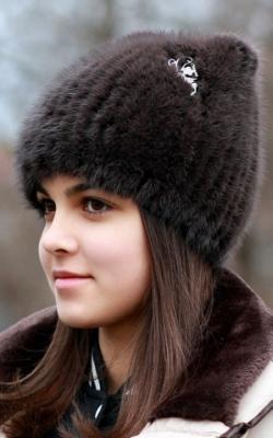 шапка из вязаной норки2