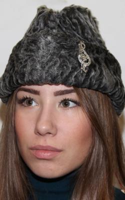 каракулевая шапка 2