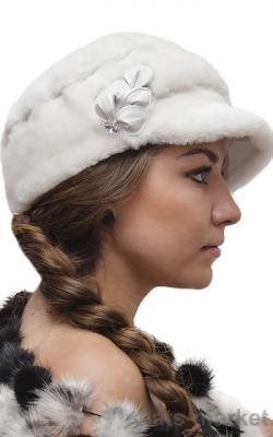 Меховая кепка женская фото1