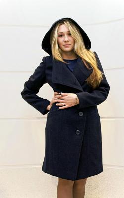 Классическое пальто с капюшоном фото 1