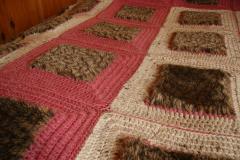 коврик из старой шубы