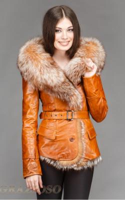 кожаная куртка с капюшоном и мехом2