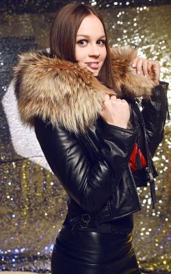 Зимняя кожаная женская куртка3