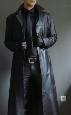 Кожаное мужское пальто фото 1