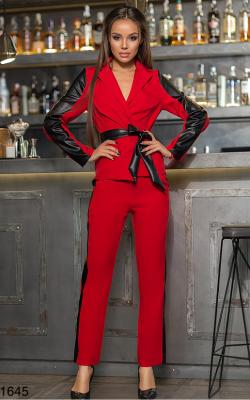 Красный костюм с лампасами фото 3