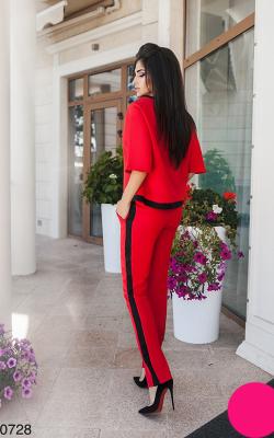Красный костюм с лампасами фото 4