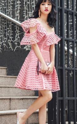 Платье с кружевом 2018 фото 3