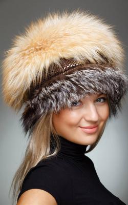 Женская шапка лис 2