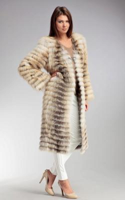 Меховое пальто на трикотажной основе фото 1
