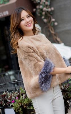 Меховой свитер фото 1