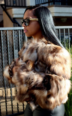 модные луки с шубой15