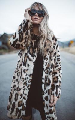 модные луки с шубой35