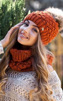 молодежные шапки зима 2017-2018 фото 2