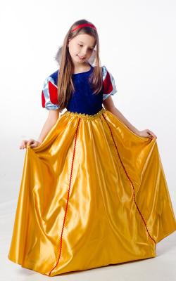 Новогодние платья сказочных персонажей фото 1