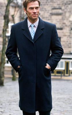 Однобортное мужское пальто фото 1