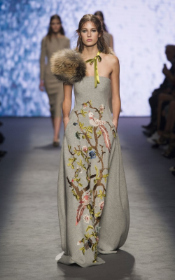 Платье зима 2018-2019 фото1