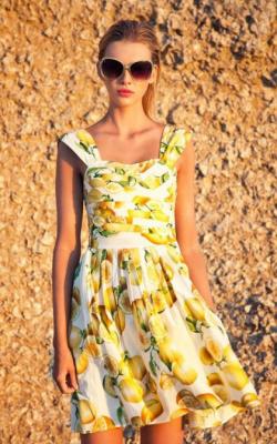 Платья с фруктами и овощами 2018 фото 2