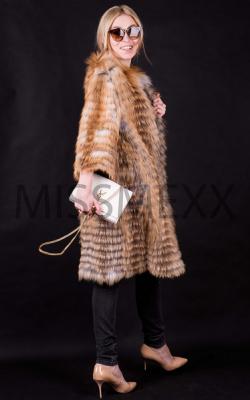 Меховое пальто из лисы фото 3