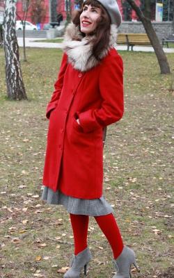 Пальто с меховым воротником и юбка фото 1