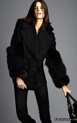 Пальто с меховыми рукавами фото 10