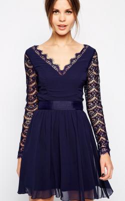 Платье с рукавами из кружевов 3