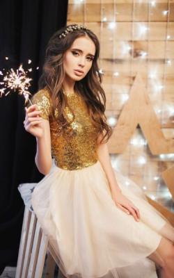 Платье с паетками ото 1