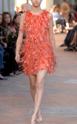 Платье с ретро перьями фото 3