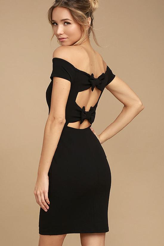 3c5a36a2333 Платье с бантом  модели 2019 на фото. Какие аксессуары подходят к наряду