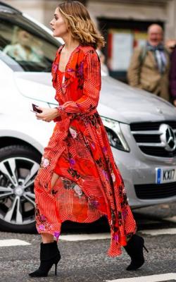 Модное платье 2018 принты фото 5