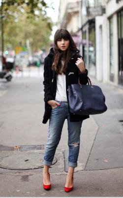 С чем носить короткое пальто с капюшоном фото 1