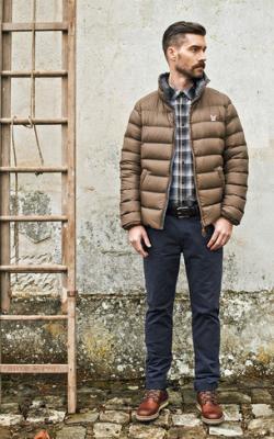 С чем носить мужскую куртку пуховик зимой фото 10