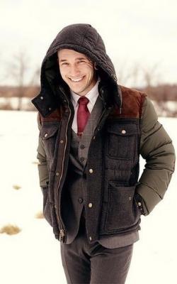 С чем носить мужскую куртку пуховик зимой фото 12