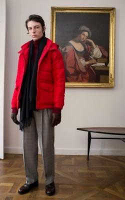 С чем носить мужскую куртку пуховик зимой фото 14