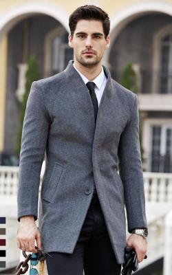 Серое мужское пальто фото 1