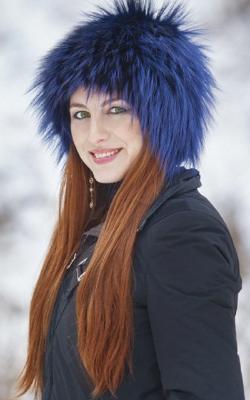 Женская шапка из меха лисы фото 1