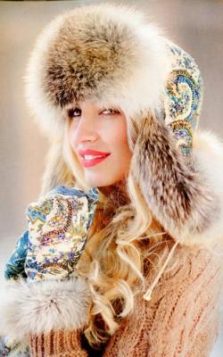 Женская шапка из меха лисы фото 3