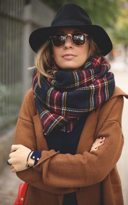 шарф шляпа