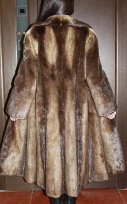 otter fur coat 2