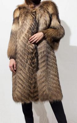 otter fur coat 4
