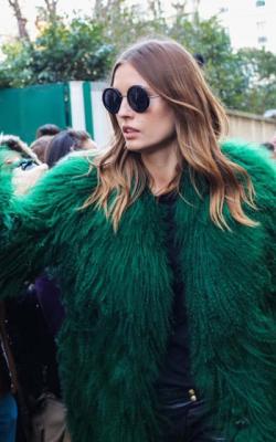 шуба зеленого цвета - 2