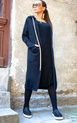 Спартивное пальто с капюшоном фото 3