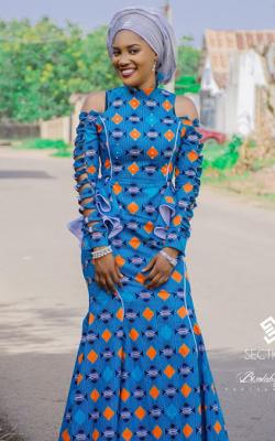 Модное платье 2018 принты фото 9