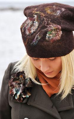 Женская шапка из валяной шерсти фото 2