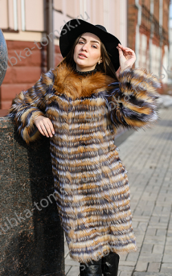 пальто на трикотажной основе из меха лисы фото 1
