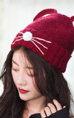 Вязаные шапки 2018 фото 1