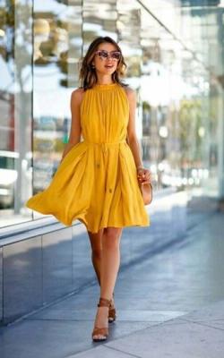 желтое офисное платье фото 1