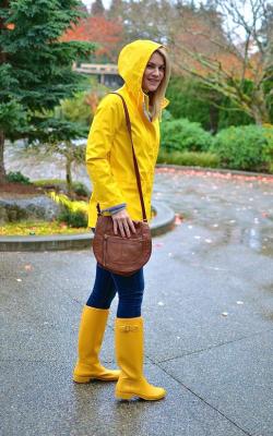Желтый женский плащ дождевик фото 20